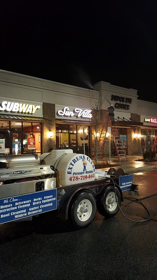 Shopping Center Cleaning in Macon GA